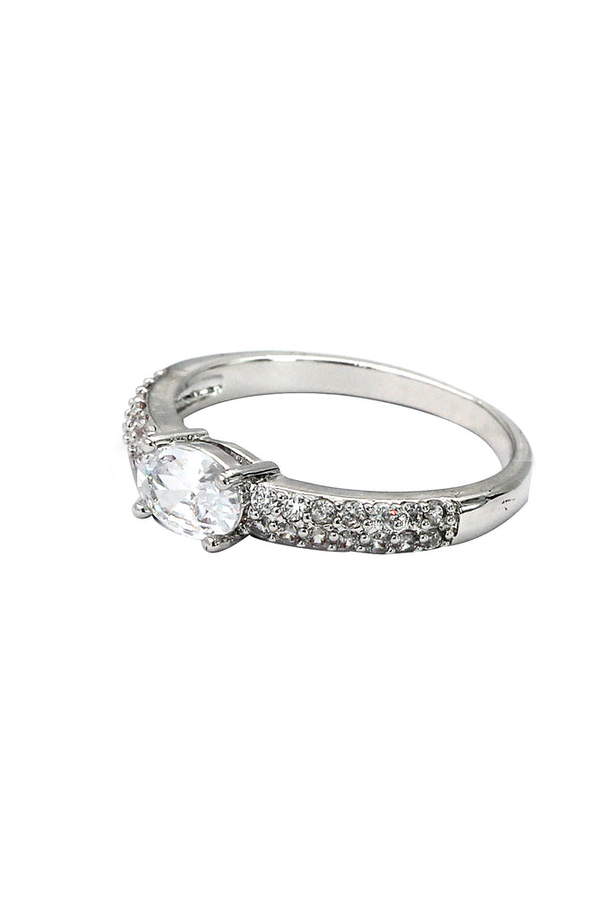 silver oval crystal ring