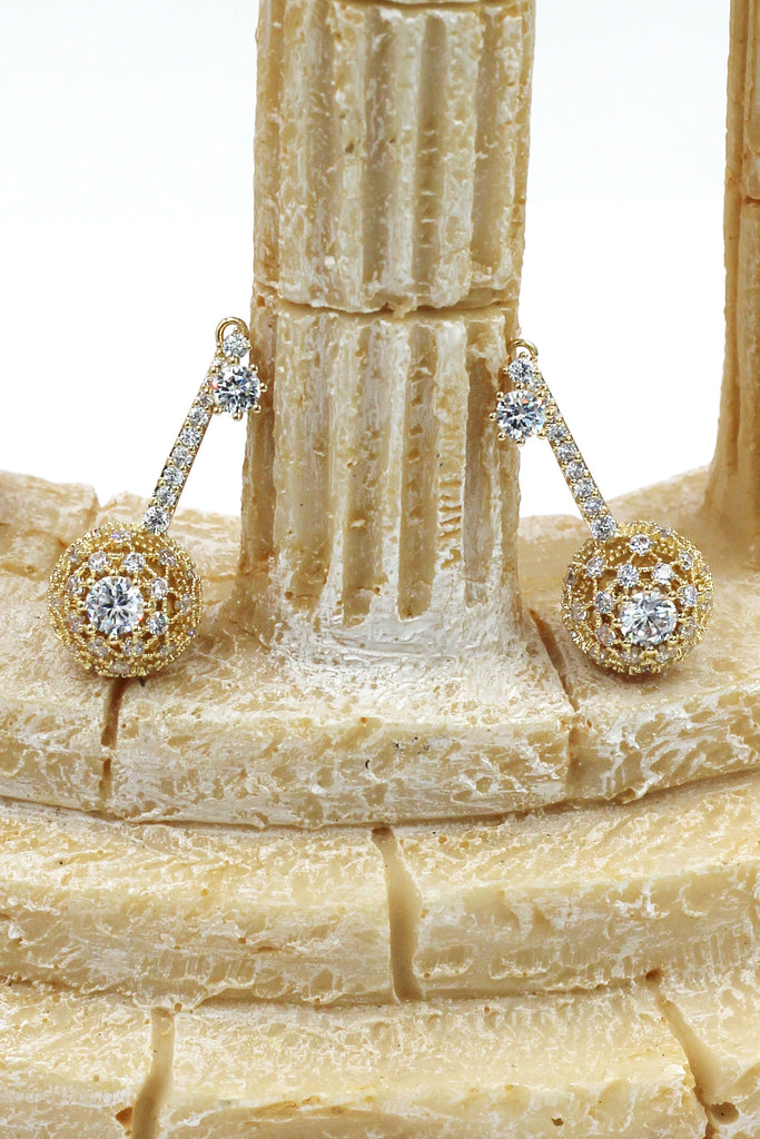 small crystal bolus pendant earrings