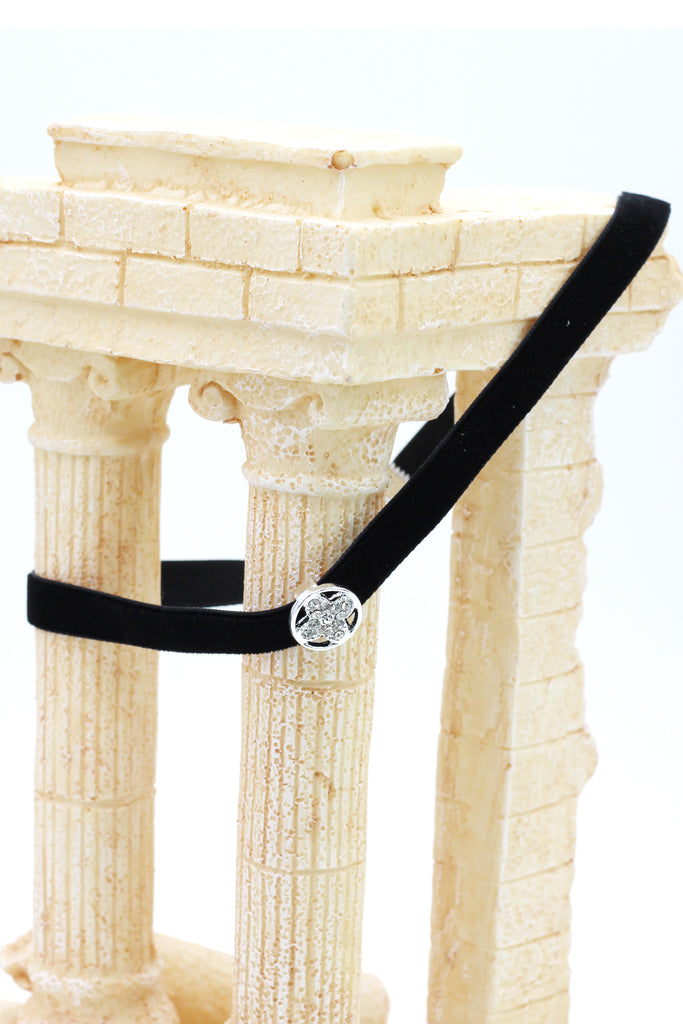 ladies plush belt circle crystal choker