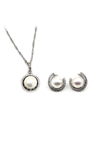 mini circle crystal silver necklace