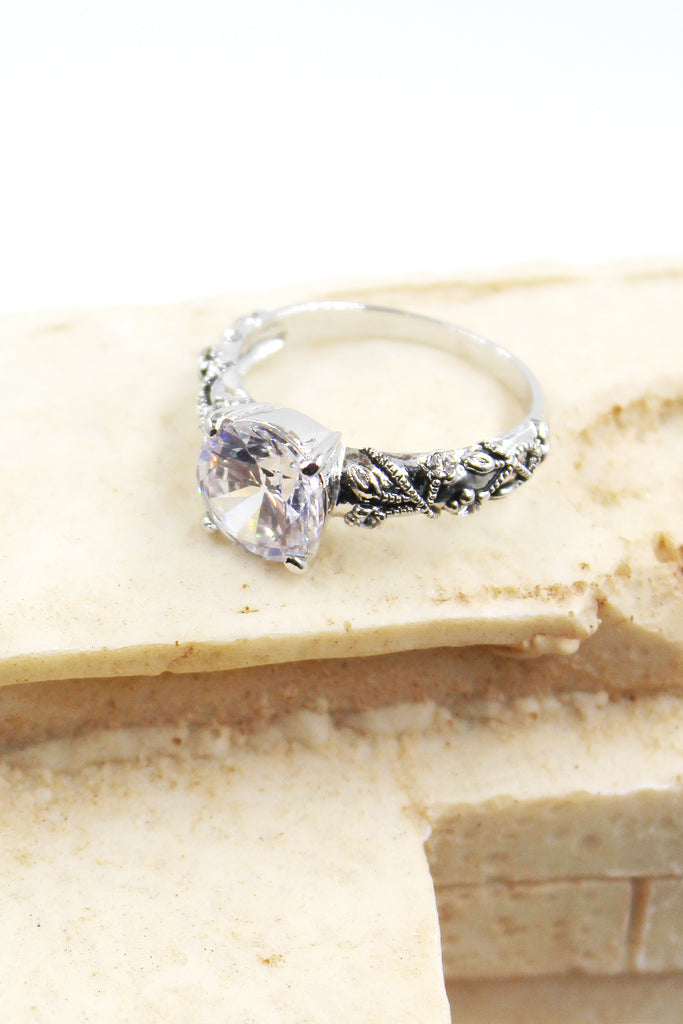 fashion silver four-claw crystal ring