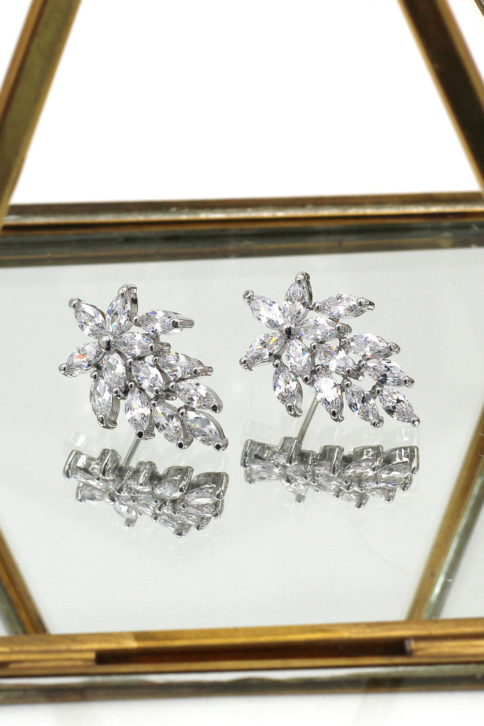 shiny crystal maple leaves earrings