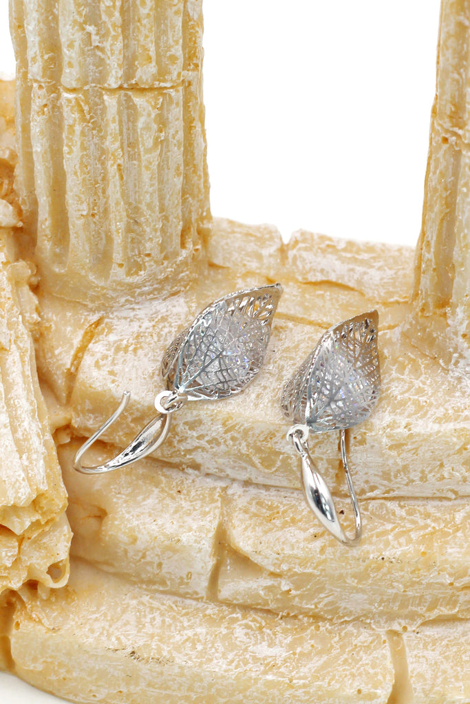 lady foliage crystal earrings