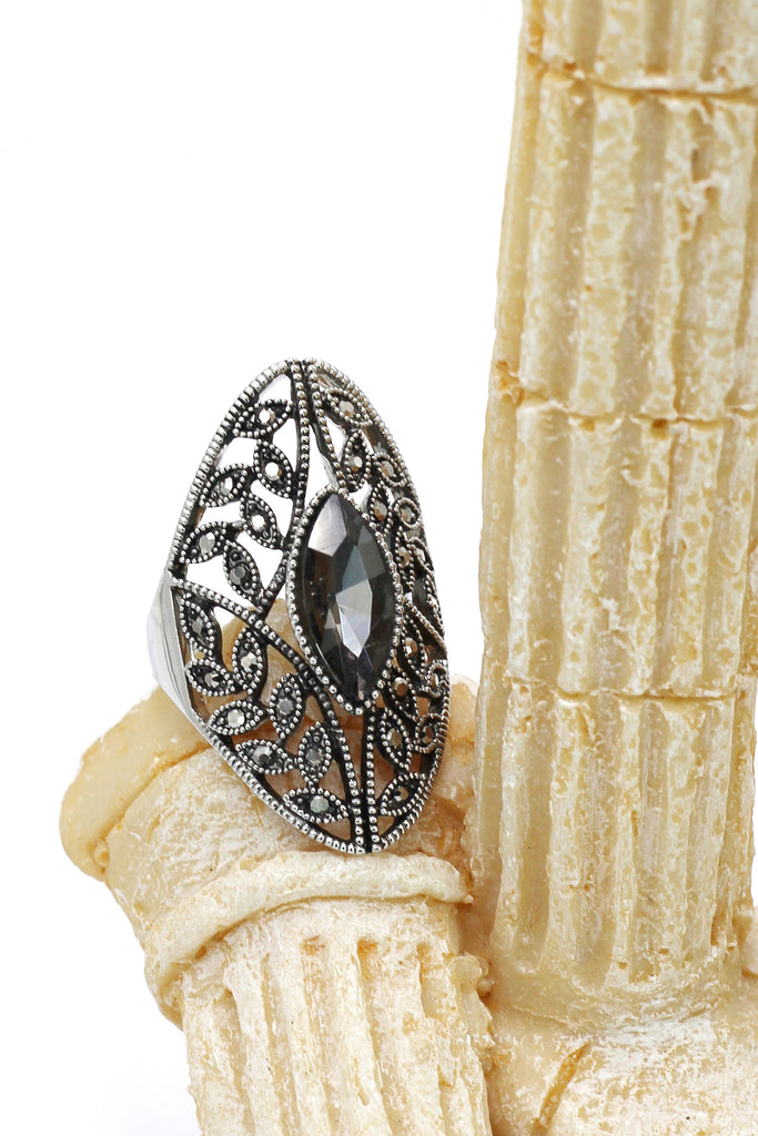 noble black crystal silver ring