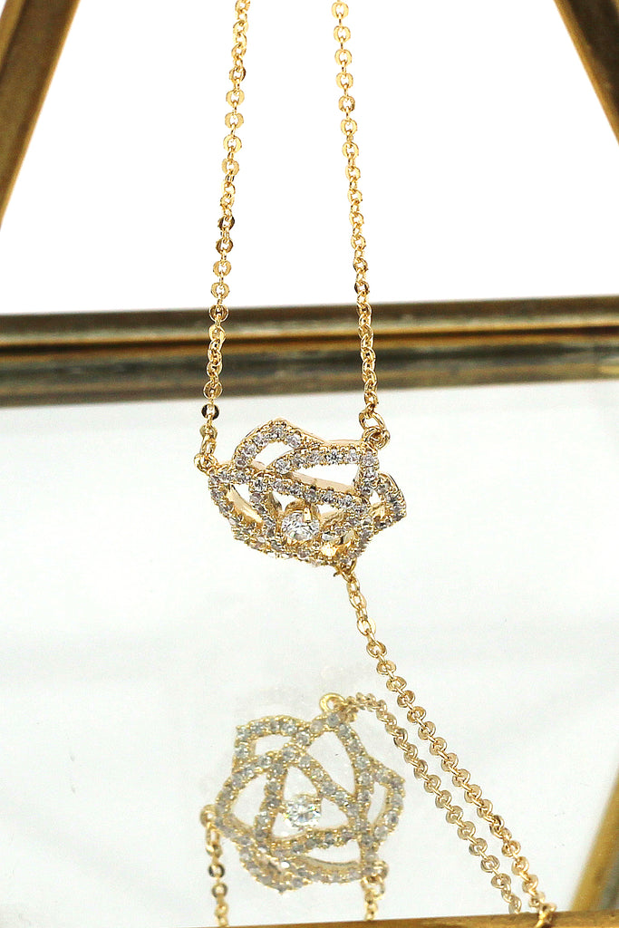 elegant golden rose necklace