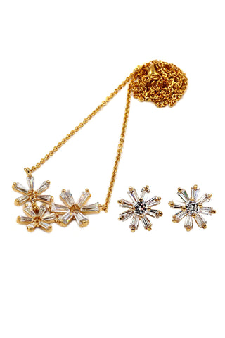 Elegant impounded crystal earrings