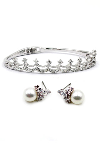 lovely butterfly crystal and pearls bracelet