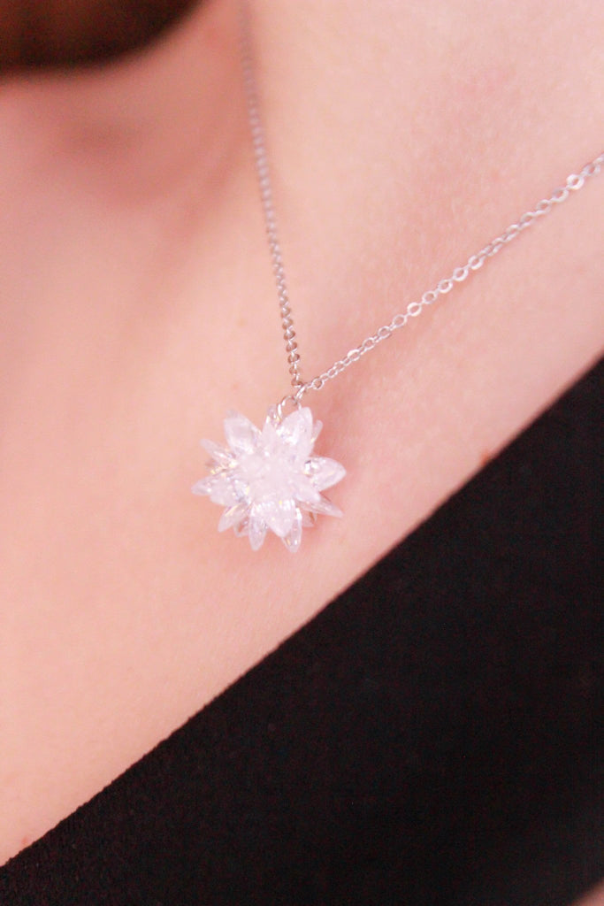 fashion snowflake crystal earrings necklace set