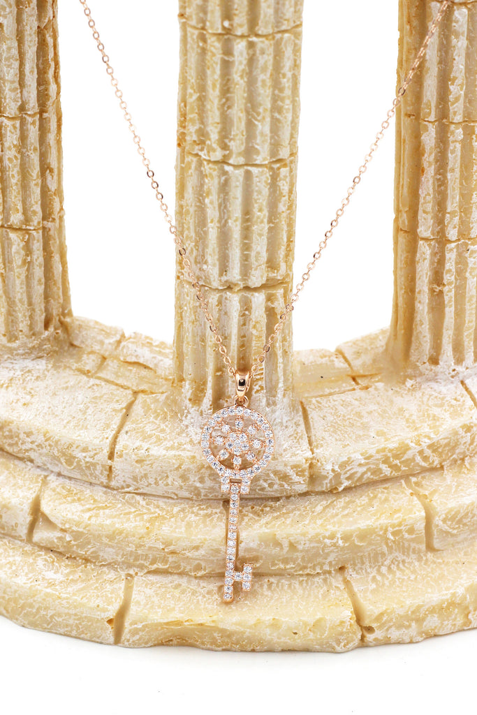 charming crystal flower key gold necklace