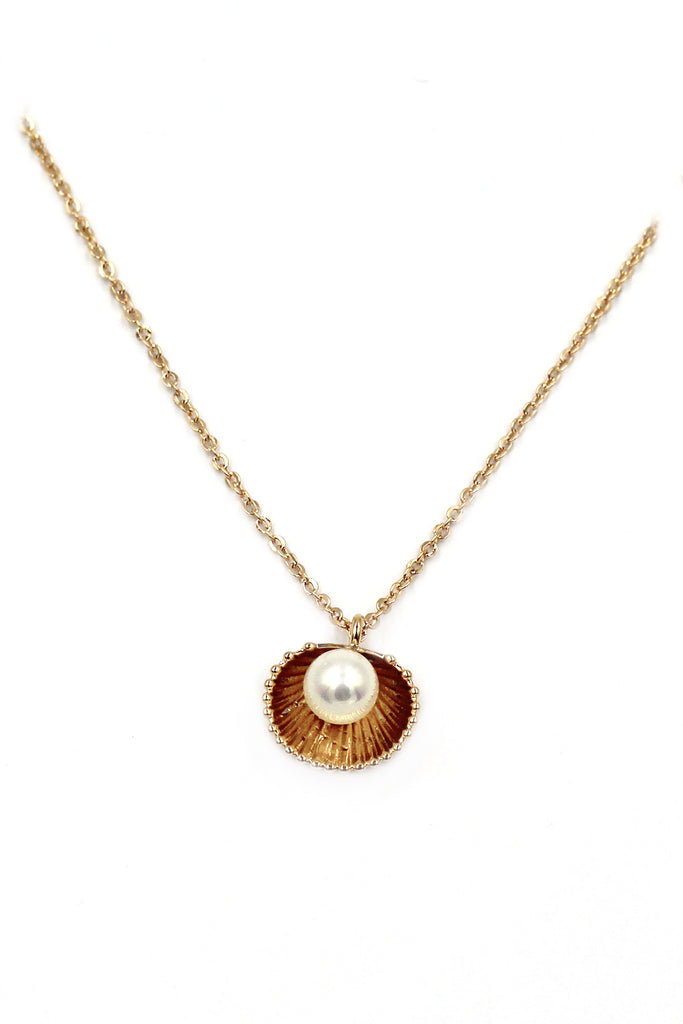 mini shell pearl necklace