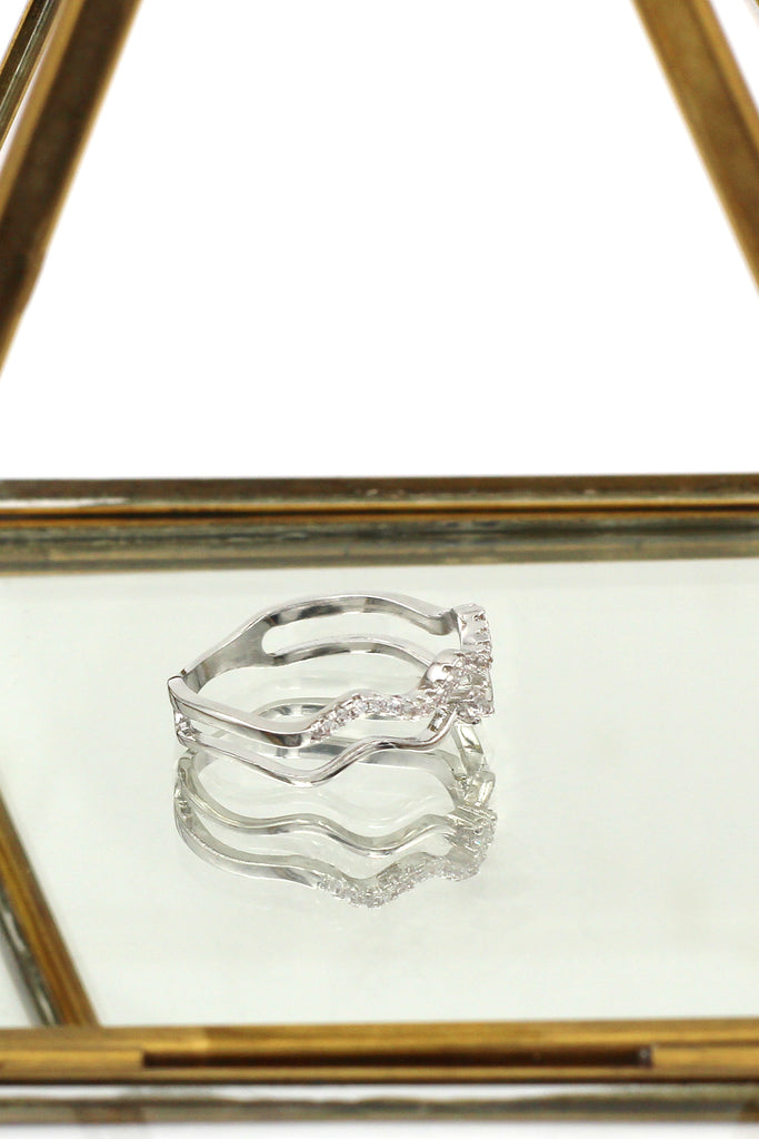 double wave inlaid crystal ring
