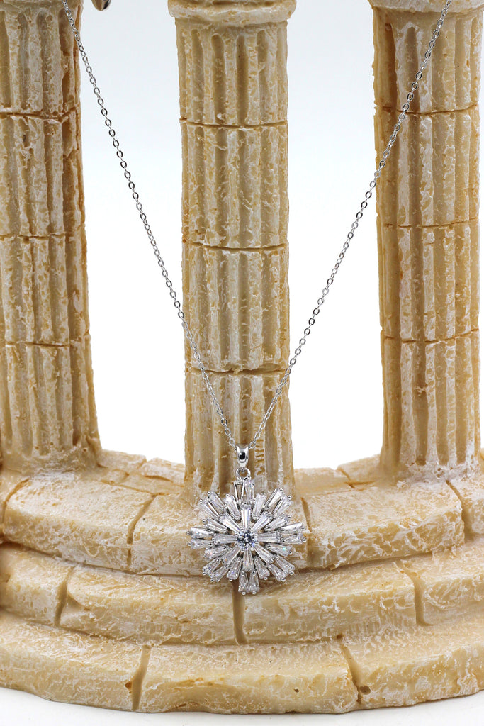 fashion crystal silver necklace