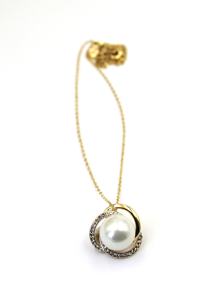 simple clavicle chain bead necklace