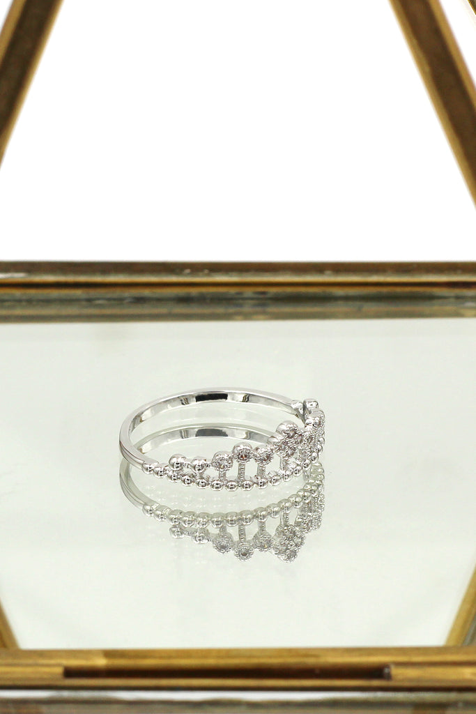 fashion line with crystal ring