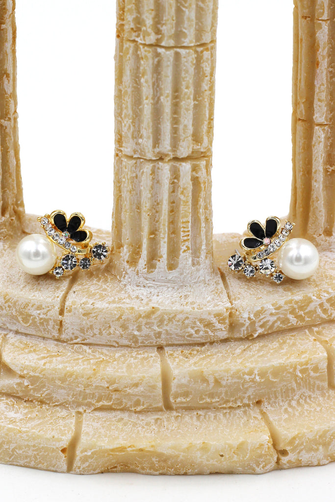 lovely pearl and crystal earrings