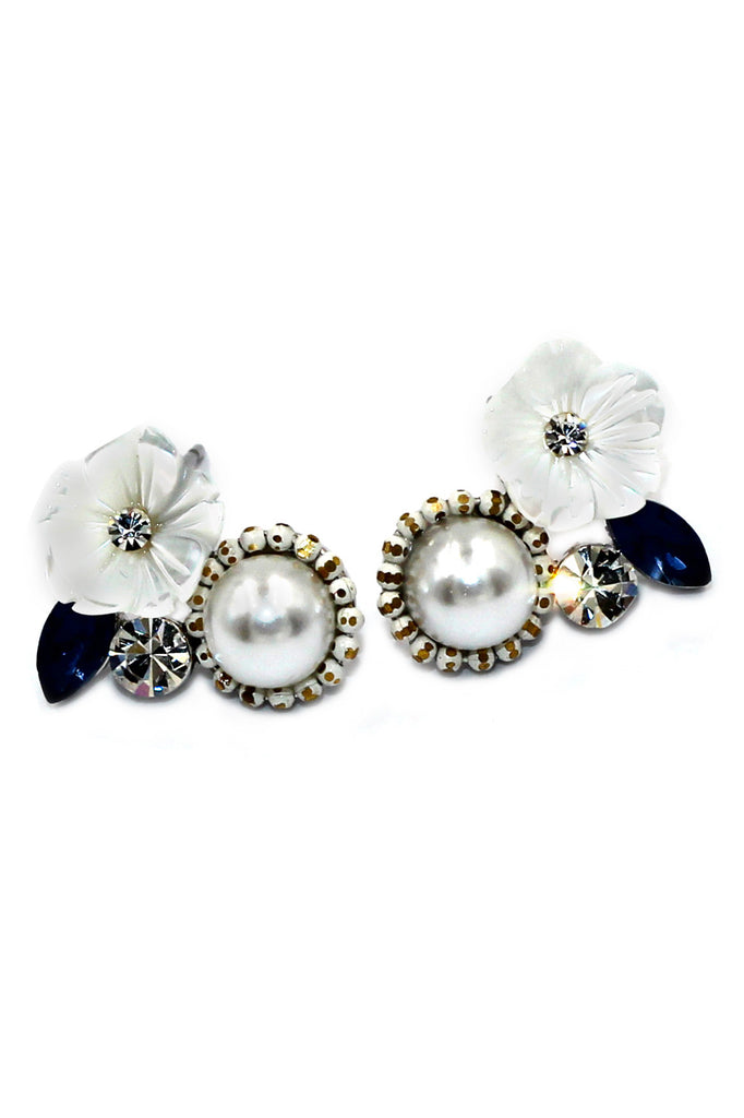 elegant small white flower pearl silver earrings