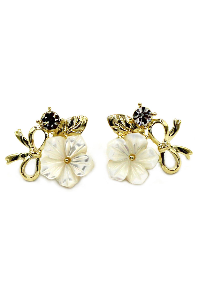 elegant white flower and ribbon gold earrings