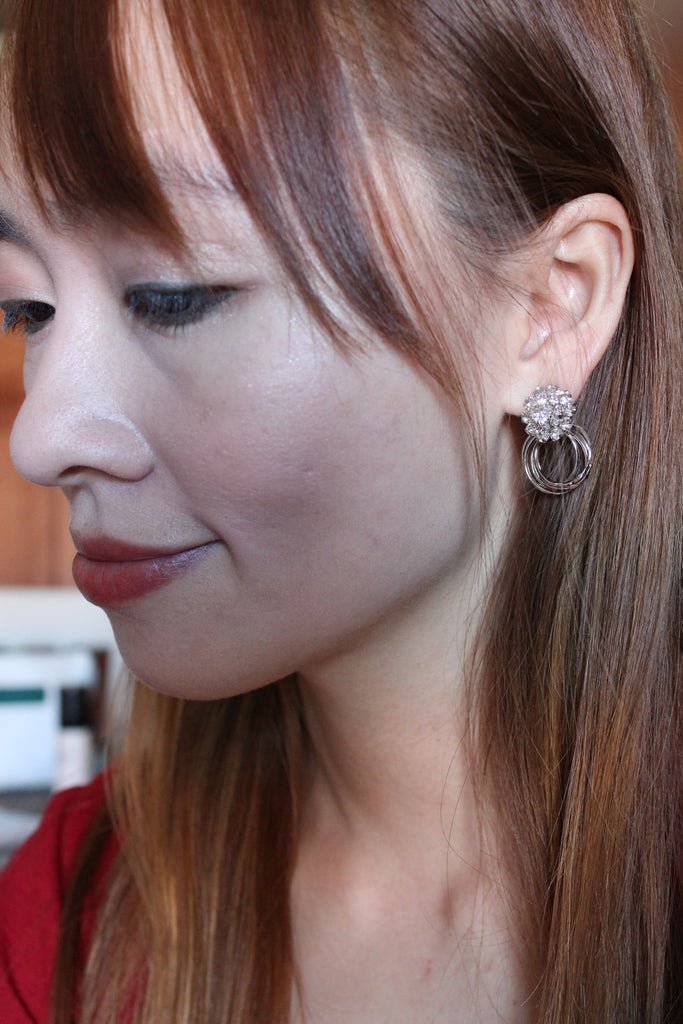 fashion able crystal flower and circles earring