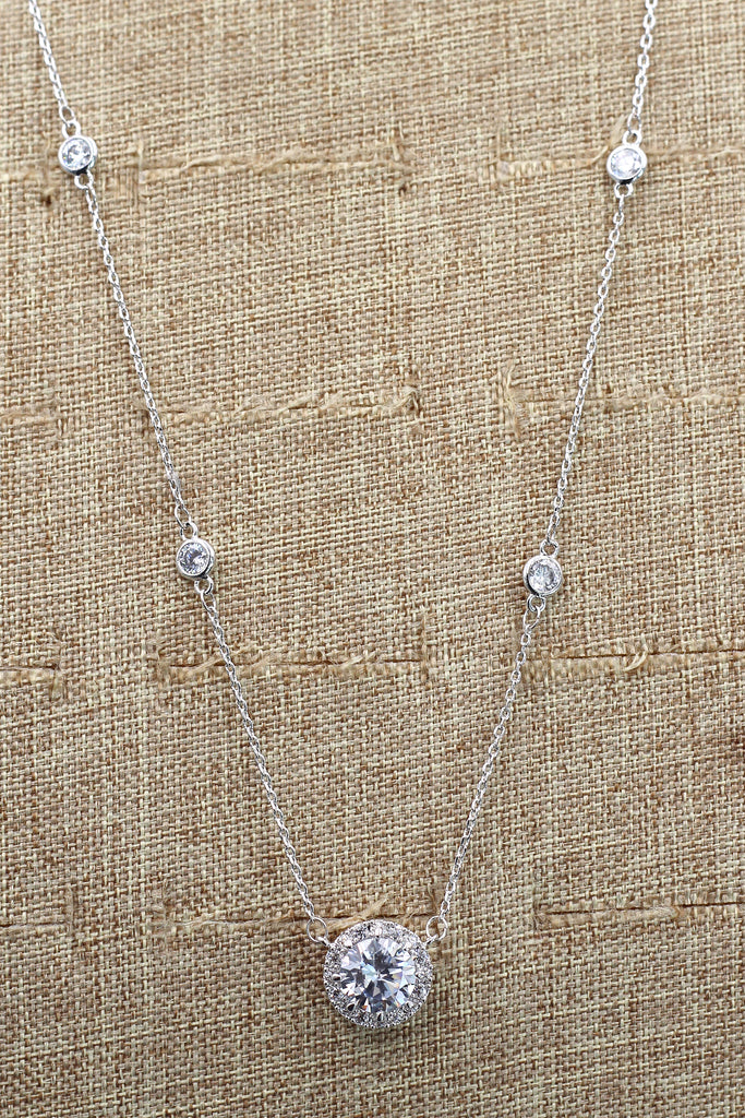 simple small pendant clavicle chain earring set