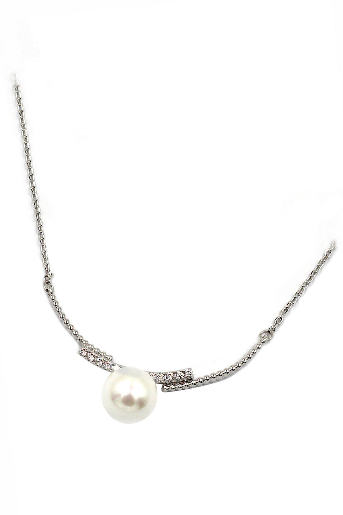 copulation silver crystal line and pearl necklace