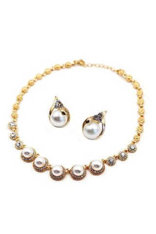 simple pearl necklace earring set