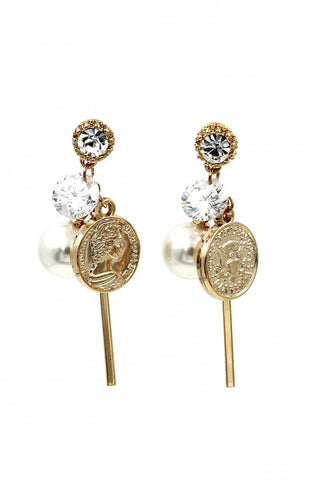 Lovely qualities crystal silver earrings