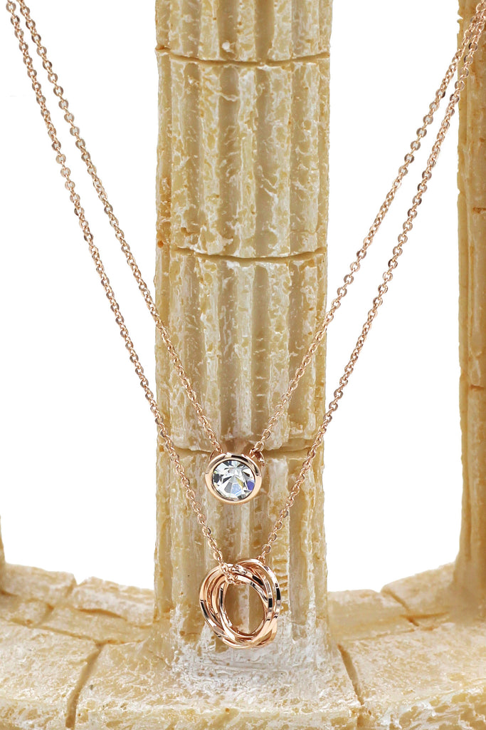 duplexes crystal and circle necklace