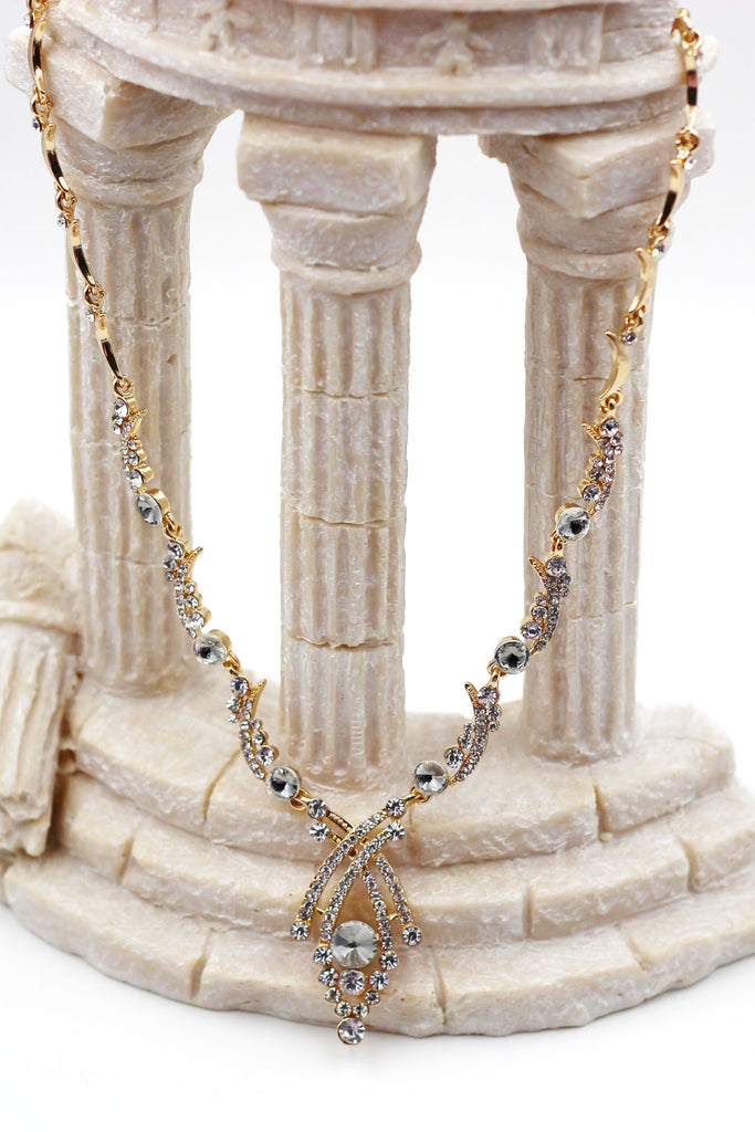 fashion exquisite crystal necklace