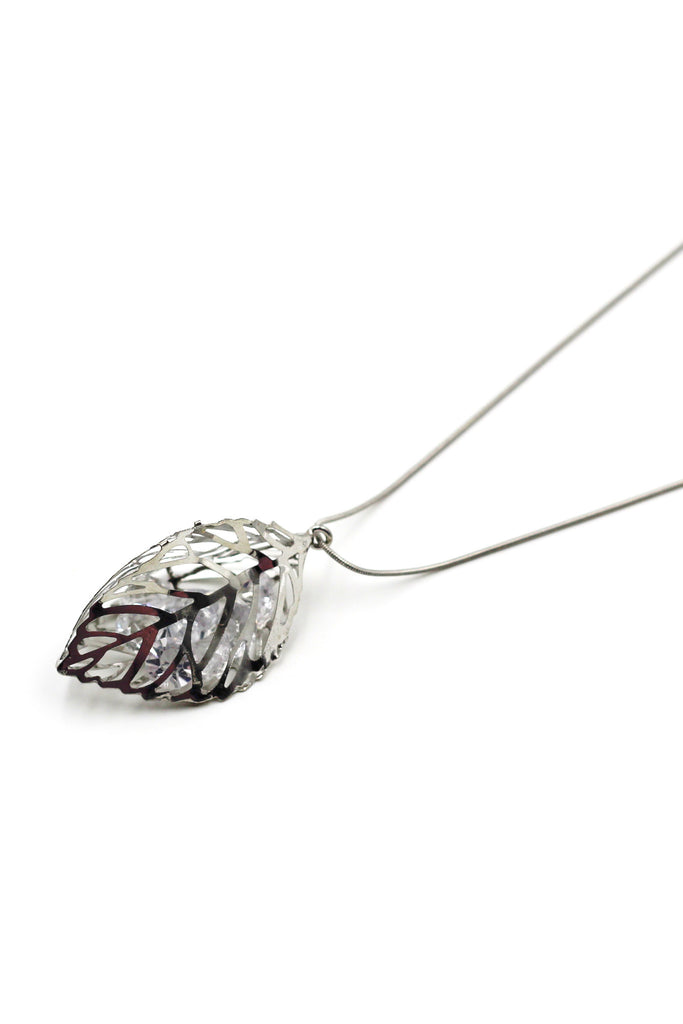 Noble Leaves crystal necklace