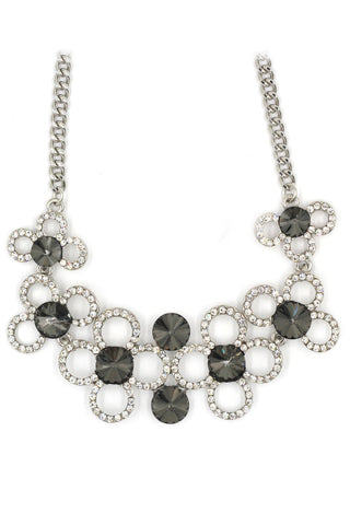 Elegant flowers crystal necklace