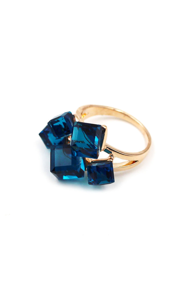 Noble square Crystal Gold Ring