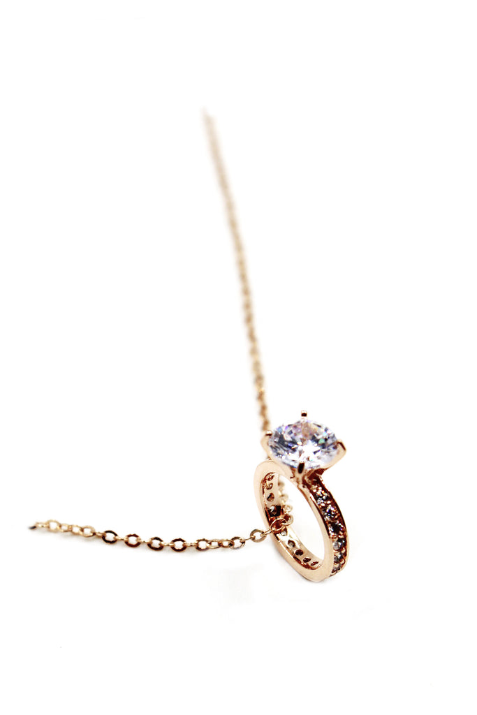elegant crystal ring clavicle necklace