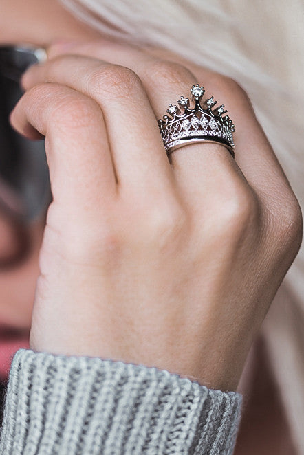 elegant crystal crown double silver ring