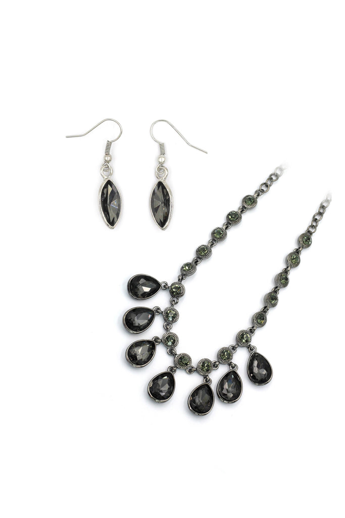 Black elegant crystal earrings necklace set