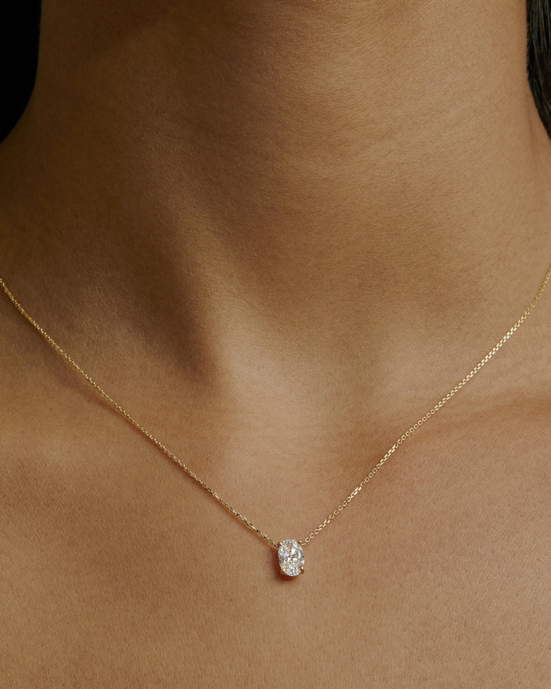 Oval Diamond Necklace Yellow Gold | Sarah & Sebastian onBody