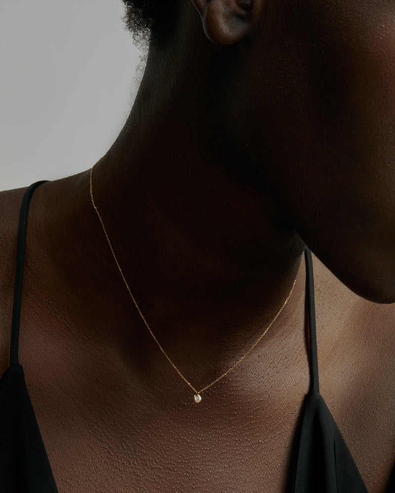 Fine Cell Diamond Necklace Gold | Sarah & Sebastian onBody