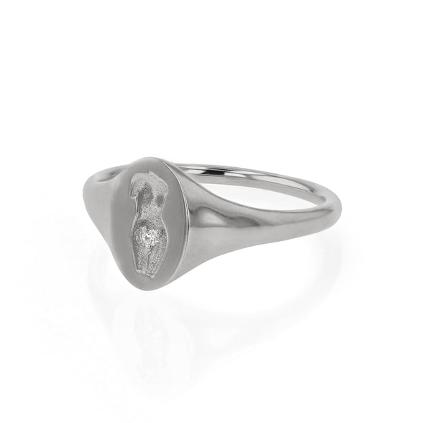 Gaia Diamond Signet Ring Gold | Sarah & Sebastian