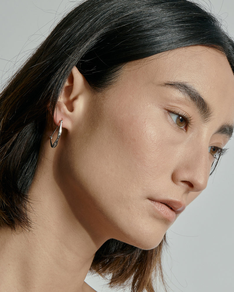 Large Form Earrings Silver | Sarah & Sebastian onBody