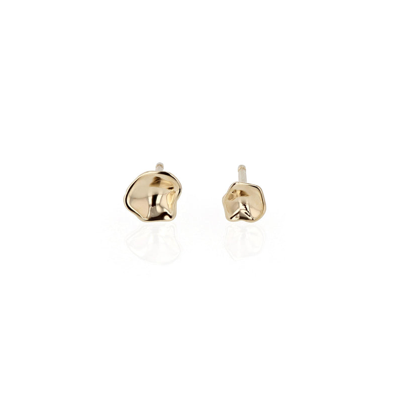 Oyster Stud Earrings Yellow Gold | Sarah & Sebastian