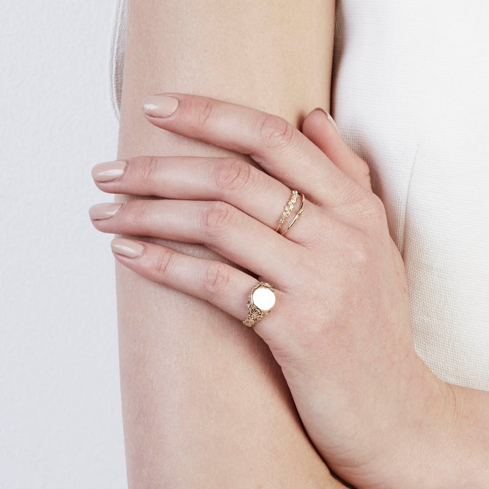 Rose Wire Ring Yellow Gold | Sarah & Sebastian