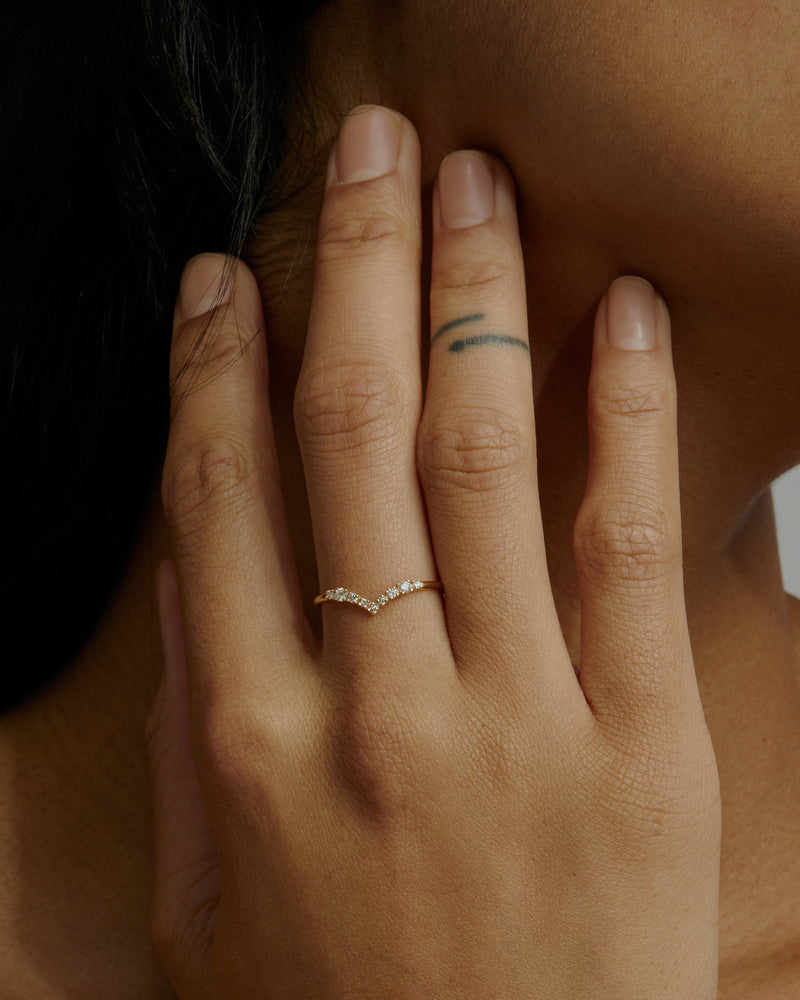 Salt Diamond Drop Ring Gold | Sarah & Sebastian onBody