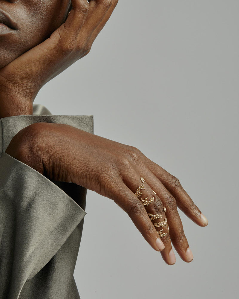 Statement Papilla Hinge Ring Gold | Sarah & Sebastian onBody