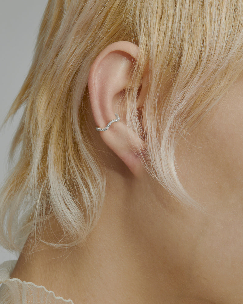Single Wave Diamond Earcuff White Gold | Sarah & Sebastian onBody