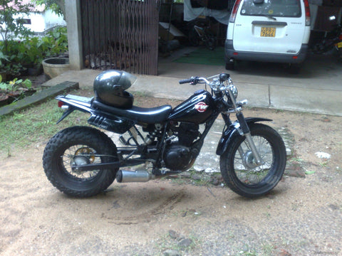 2004 Yamaha TW200 Combination manual for model years 2001 ~ 2012