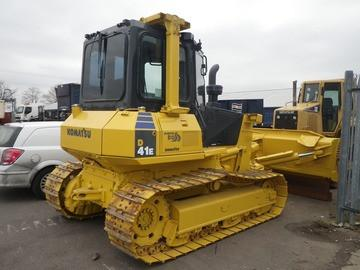 Best KOMATSU D41E-6, D41P-6 BULLDOZER SERVICE REPAIR MANUAL + OPERATION & MAINTENANCE MANUAL DOWNLOAD