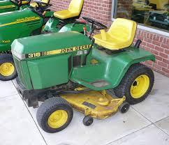 John Deere 316, 318 and 420 Lawn and Garden Tractors Service Manual