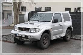 Mitsubishi Pajero (Montero) Service & Repair Manual 2000 in English/ French/ Spanish/ German (7,500+ pages PDF; Printable, Searchable)