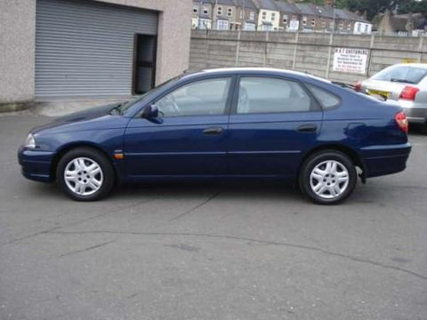 2003 toyota avalon owners manual