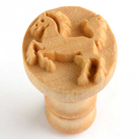 MKM Round Stamp 2.5cm Jumping Horse