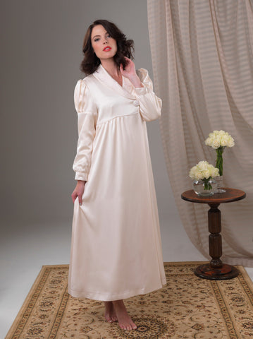 Empress Dream Grandeur Robe